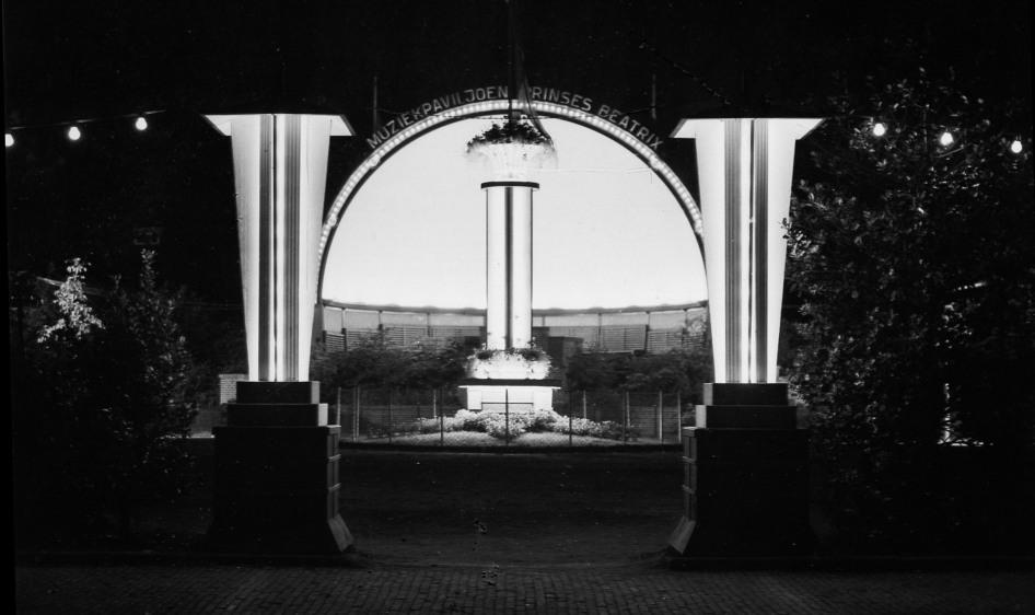 Muziek Paviljoen Prinses Beatrix verlichtbew